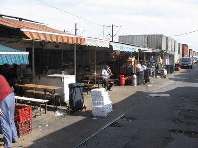 Chợ Bốn Con Hổ, Budapest, Hungary (Ảnh: horinca.blogspot.com)